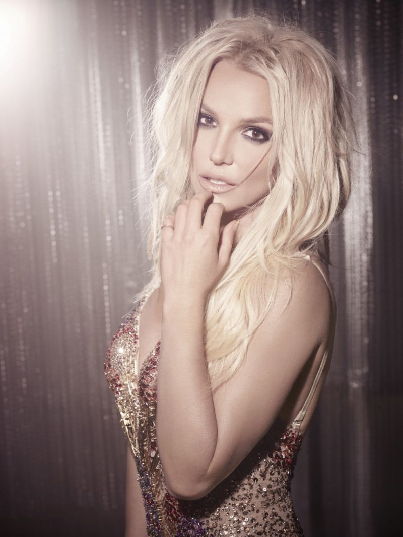 Britney Spears-12 Famous Blondes In Hollywood