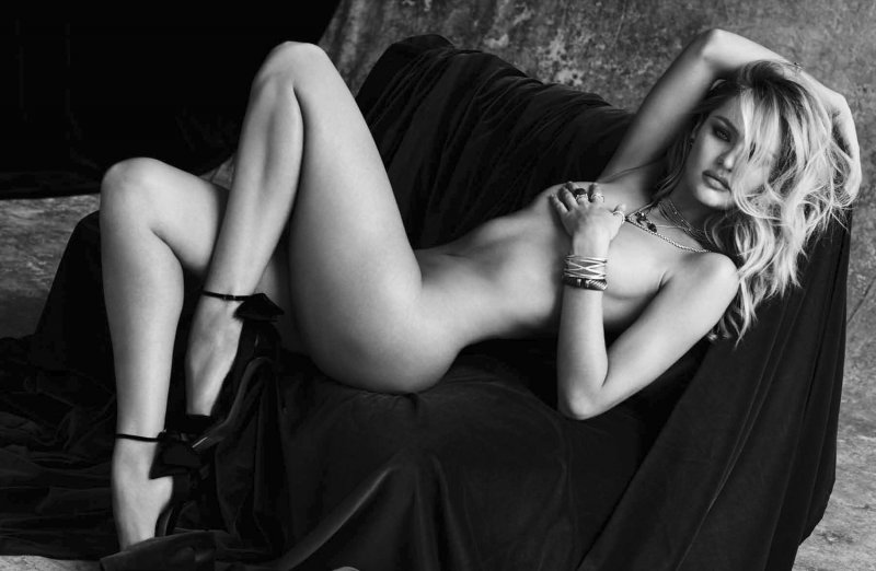 Candice Swanepoel Nude Pics-Top 12 Fashion Models And Their Nude Pics