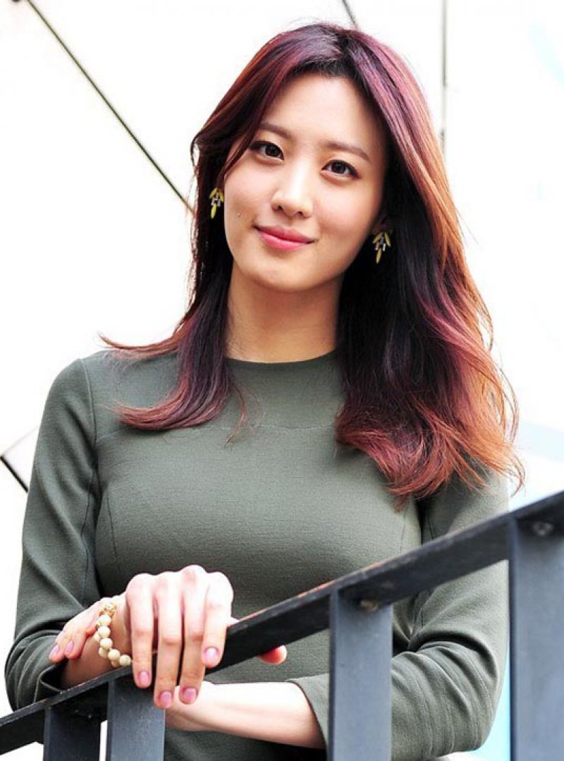 Claudia Kim-12 Hottest Asian Girls In Hollywood