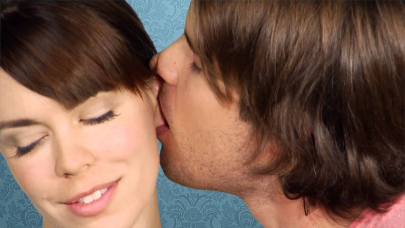Cochlear Ear-kiss Injury-15 Mind Blowing Facts About Kissing