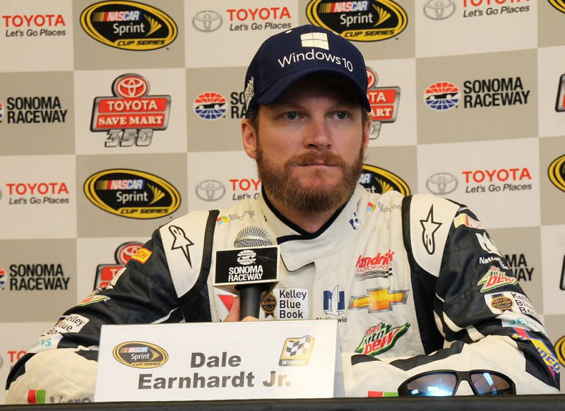 Dale Earnhardt Jr. Net Worth (0 Million)-120 Famous Celebrities And Their Net Worth
