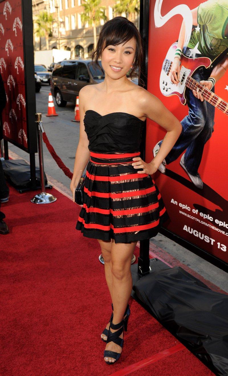 Ellen Wong-12 Hottest Asian Girls In Hollywood