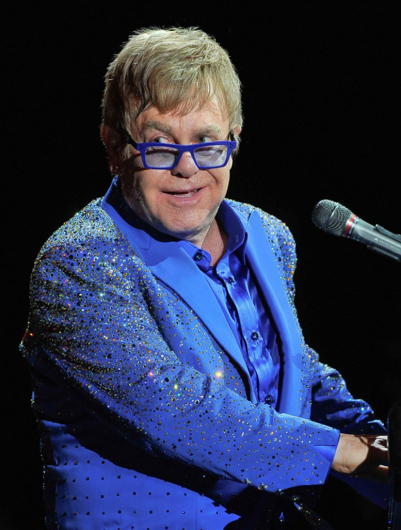 Elton John-12 Celebrities Who Had Eating Disorders