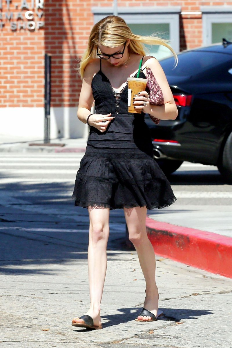 Emma Roberts' Legs and Feet-23 Sexiest Celebrity Legs And Feet