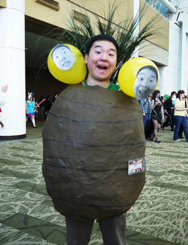 Exeggutor Costume-12 Amazing Pokemon Cosplays Ever