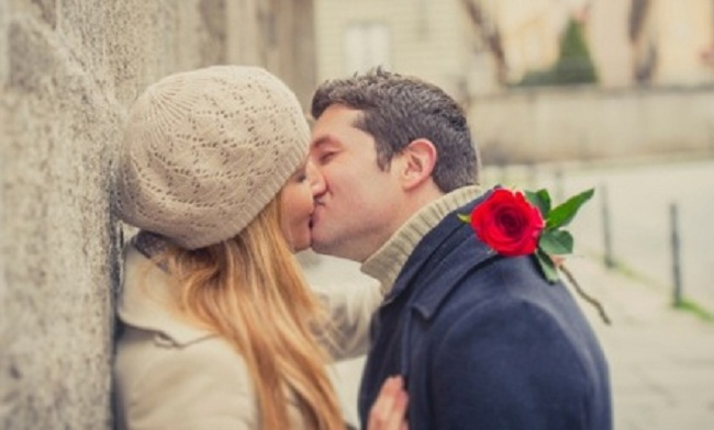 French Kissing-15 Mind Blowing Facts About Kissing