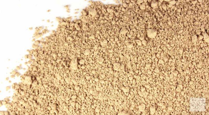 Fuller's Earth Or Multani Mitti-12 Easy Ways To Tighten Skin