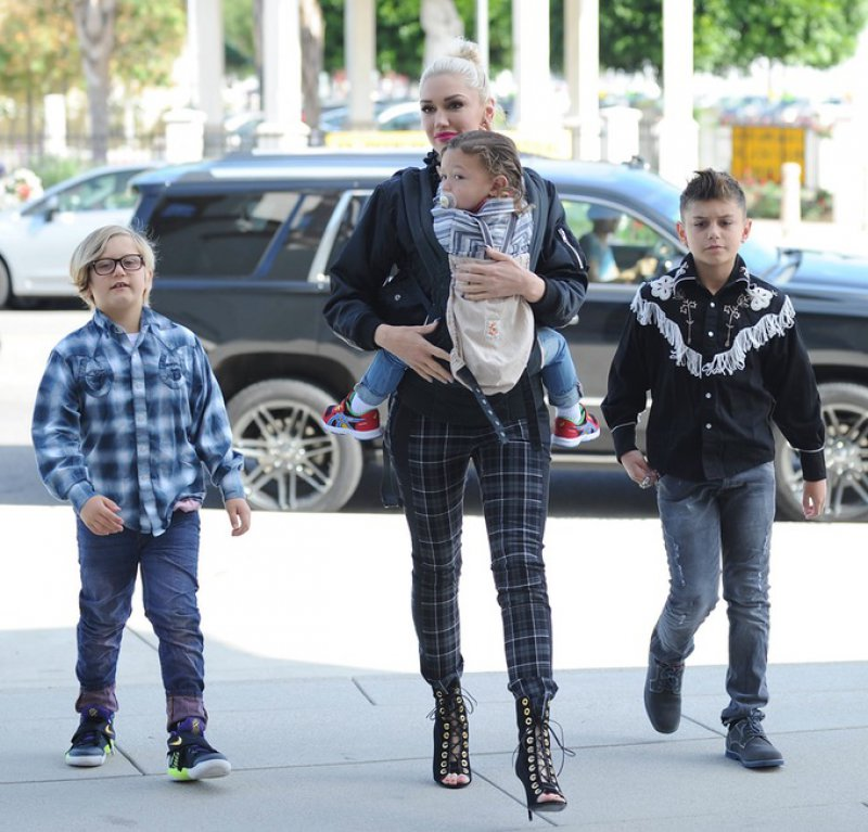 Gwen Stefani-12 Sexiest Moms In Hollywood