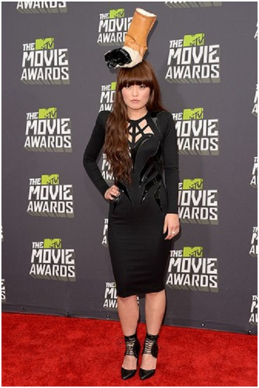 Hana Mae Lee: No But*s About It-Embarrassing Red Carpet Flops