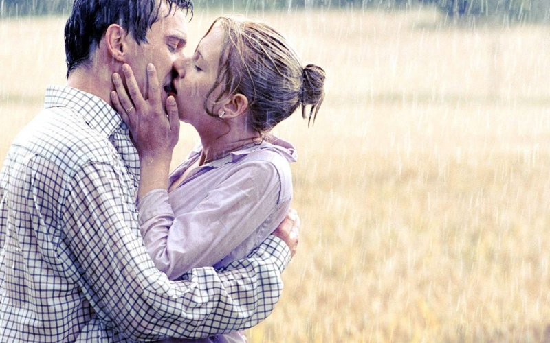 Head-Tip Kiss-15 Mind Blowing Facts About Kissing