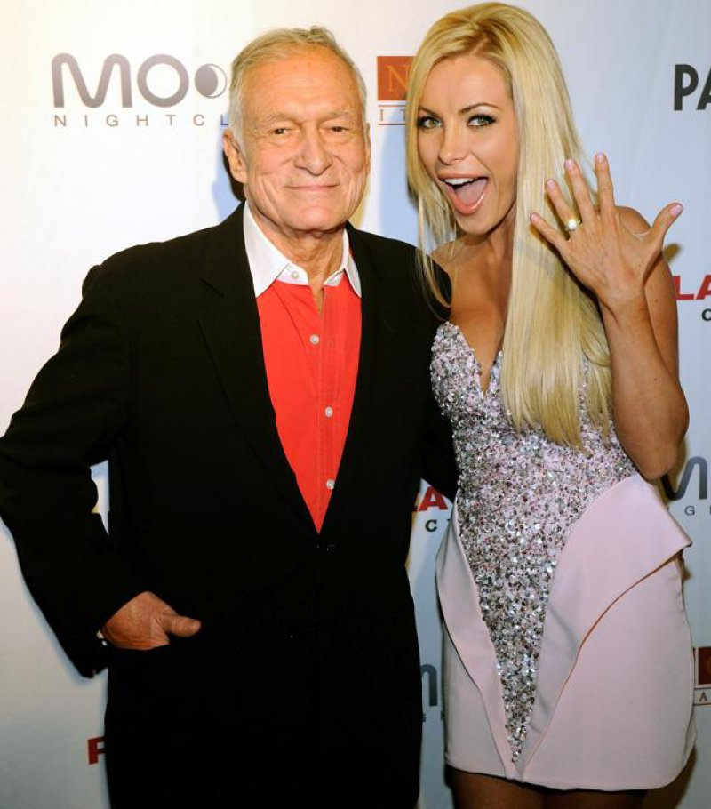 Hugh Hefner And Crystal Harris-12 Famous Hugh Hefner Hookups Ever