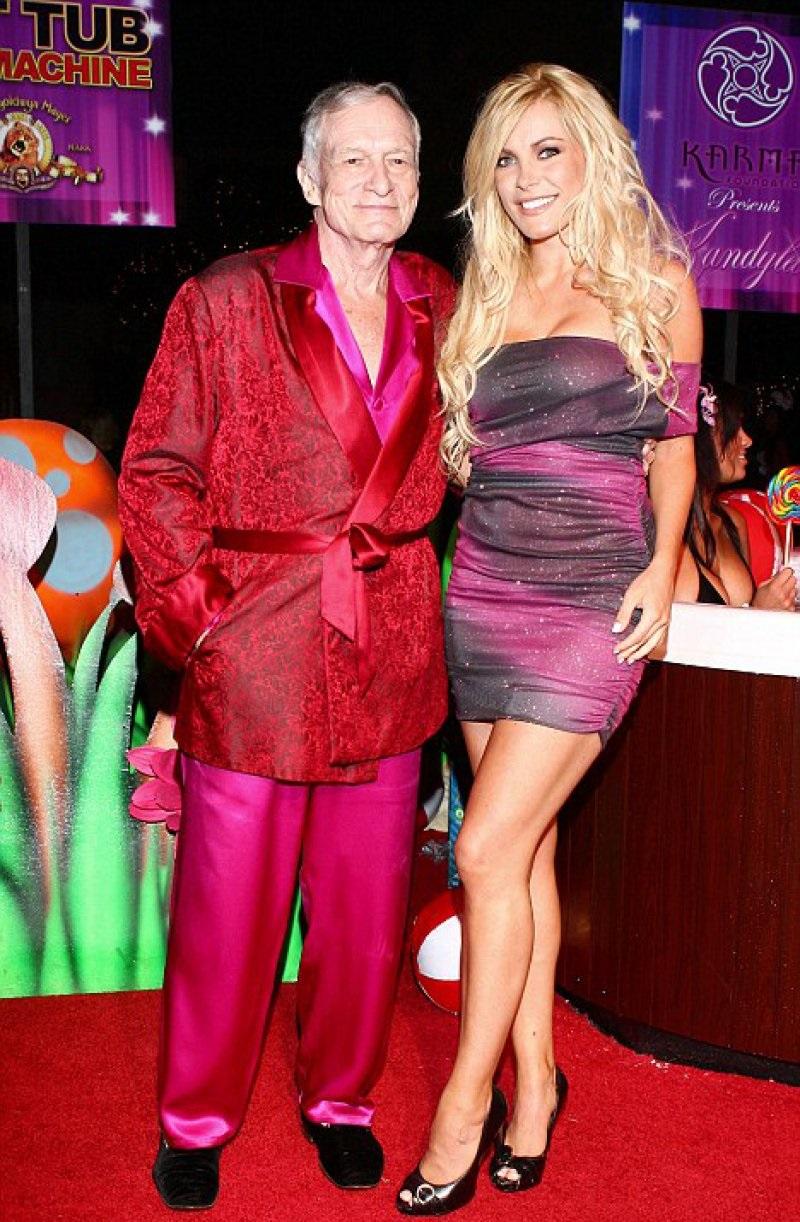 Hugh Hefner And Izabella St. James-12 Famous Hugh Hefner Hookups Ever