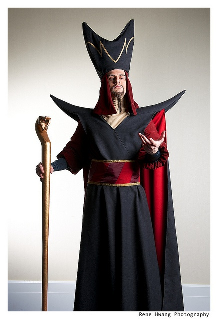 Jafar Cosplay-15 Best Disney Cosplays You'll Ever See