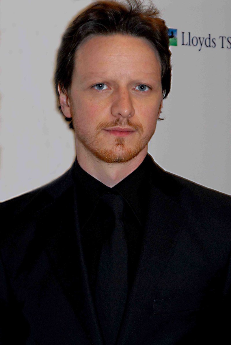 James McAvoy-15 Celebrities Without Eyebrows You Never Seen Before