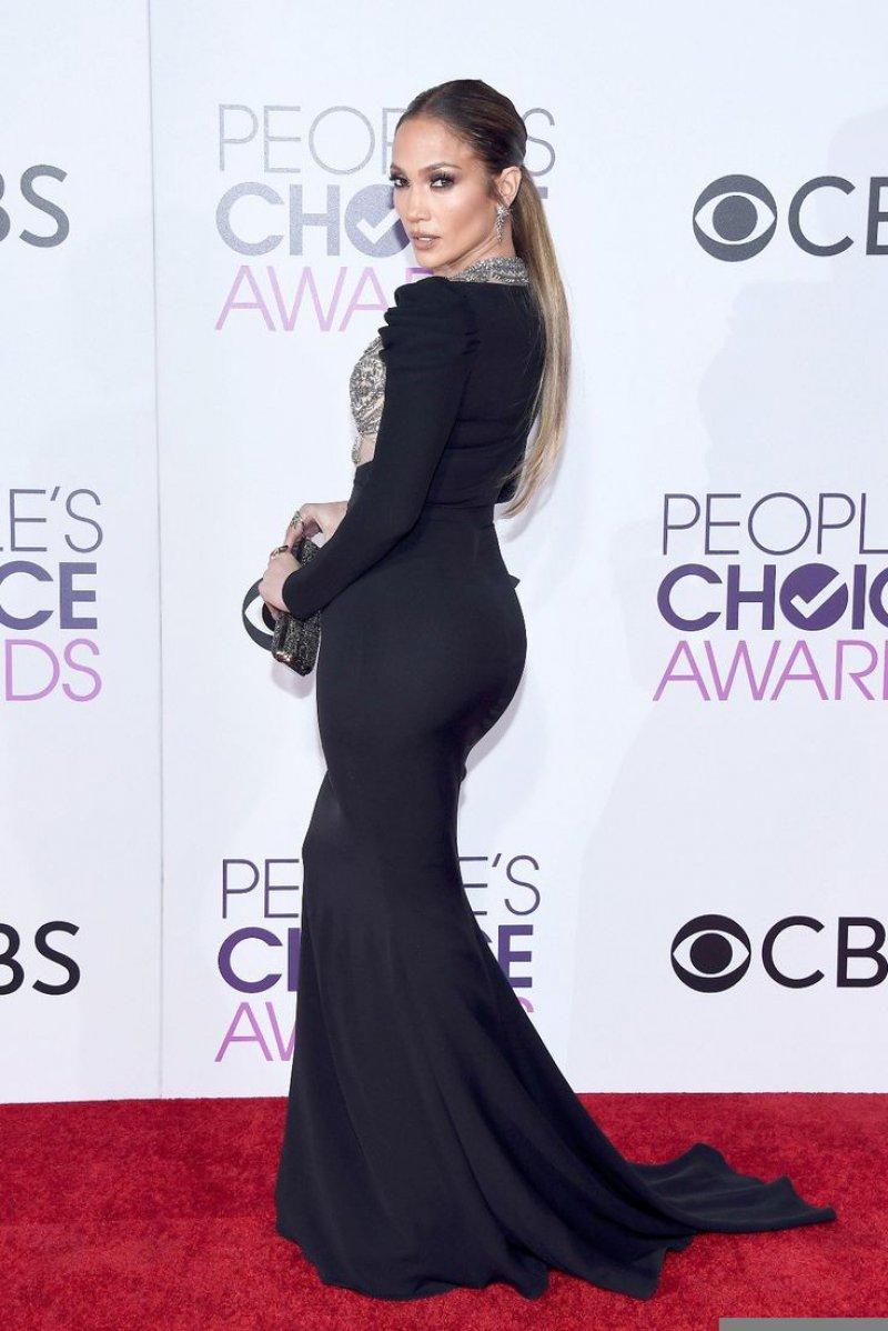 Jennifer Lopez-12 Big Booty Celebrities In Hollywood