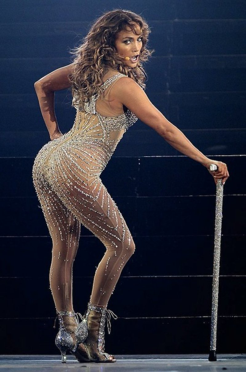 Jennifer Lopez-12 Big Booty Celebrities In Hollywood