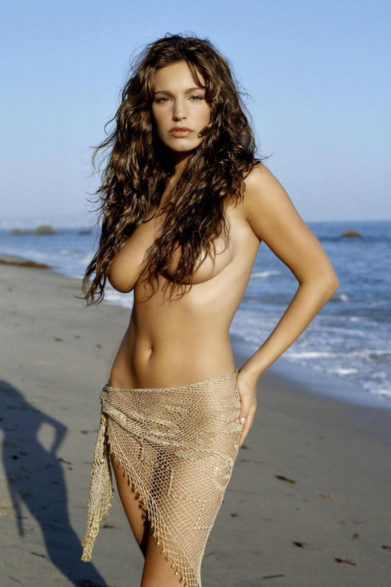 Kelly Brook-12 Big Breasts Celebrities In Hollywood
