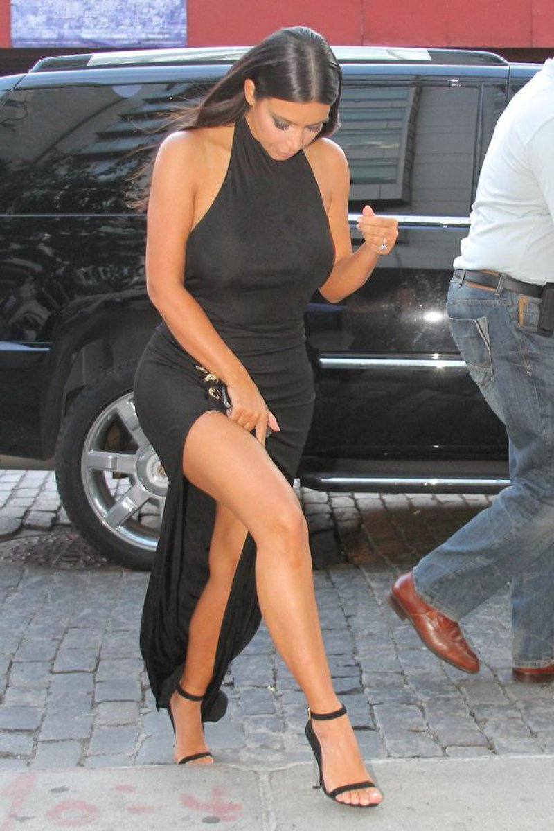 Kim Kardashian West's Legs And Feet-23 Sexiest Celebrity Legs And Feet
