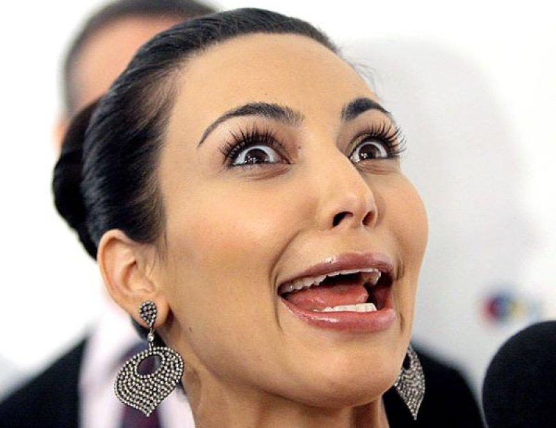 Kim Kardashian-15 Stupidest Faces Our Favorite Celebrities Make