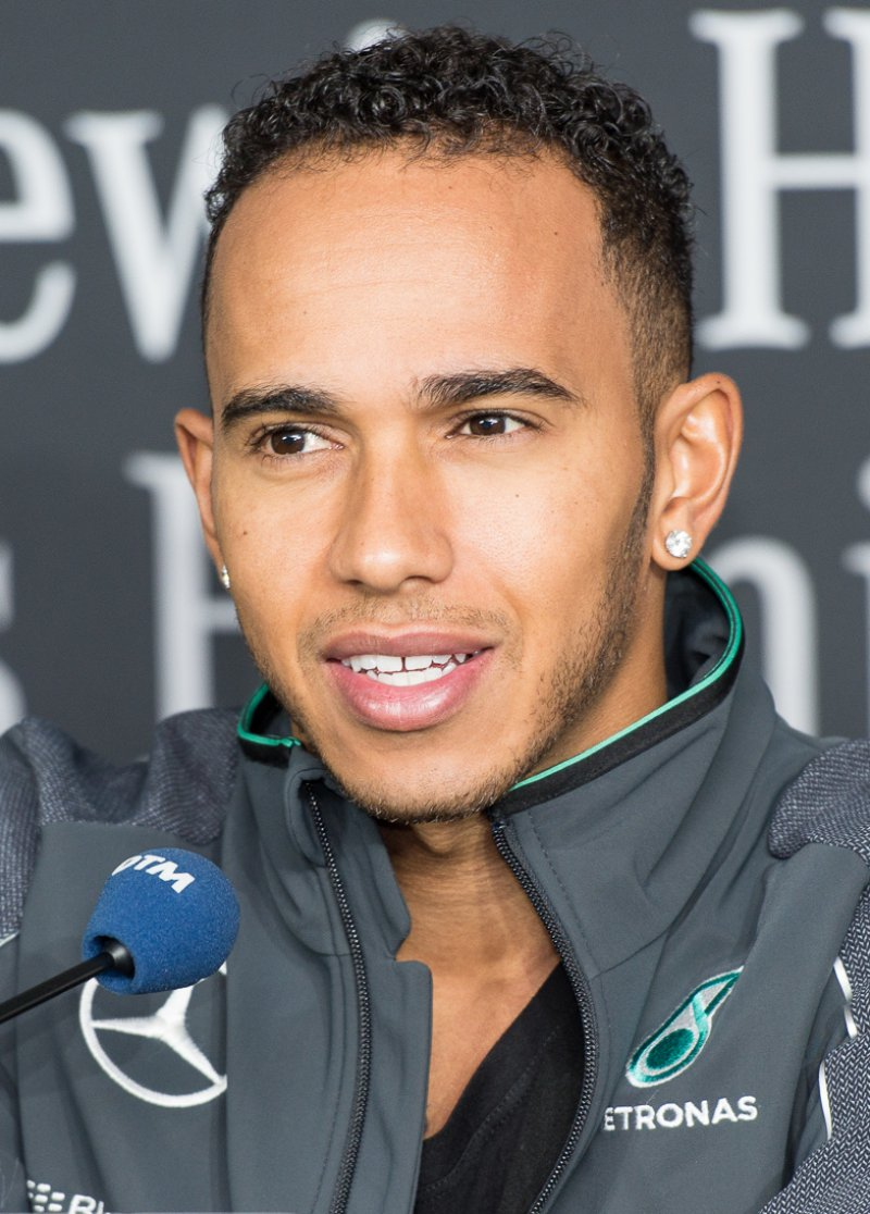 Lewis Hamilton Net Worth (0 Million)-120 Famous Celebrities And Their Net Worth