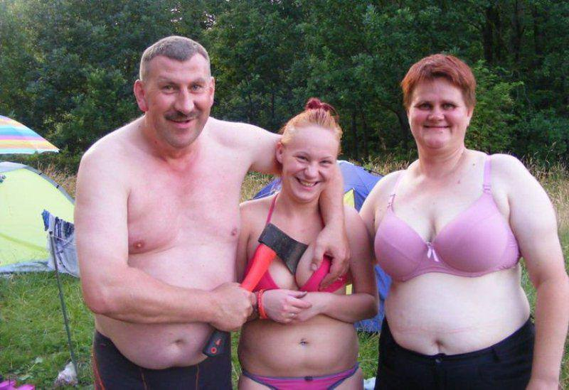 Man Holding Daughter's Boobs-15 Most Awkward Family Photos Ever