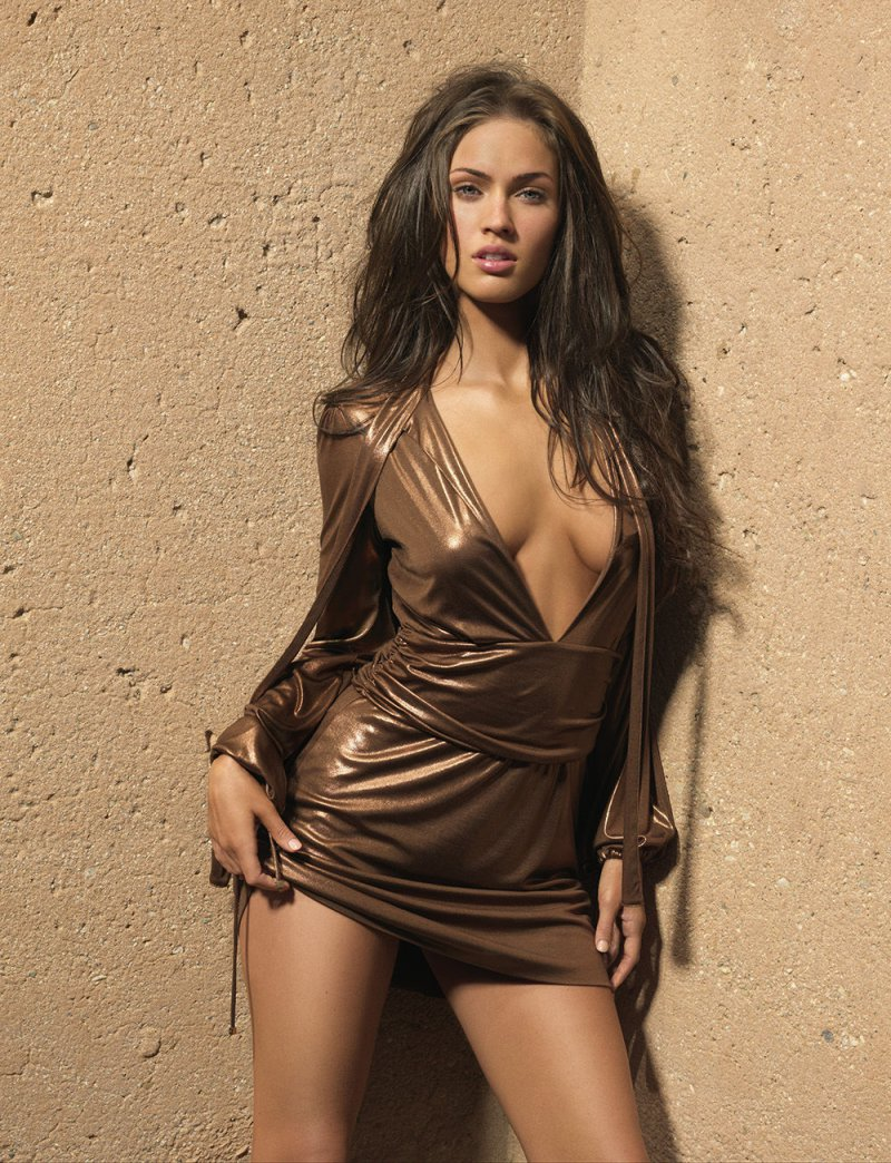Megan Fox-12 Sexiest Moms In Hollywood