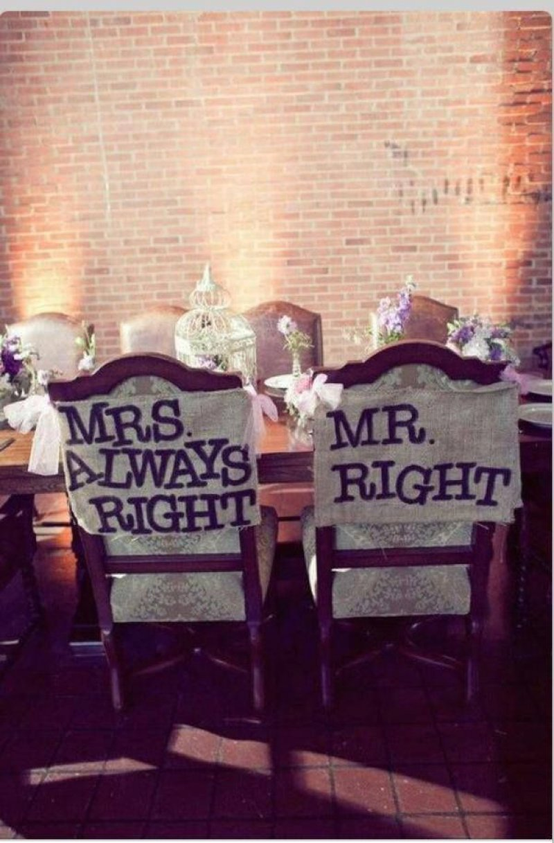Mrs. Always Right-12 Funniest Wedding Signs Ever Seen