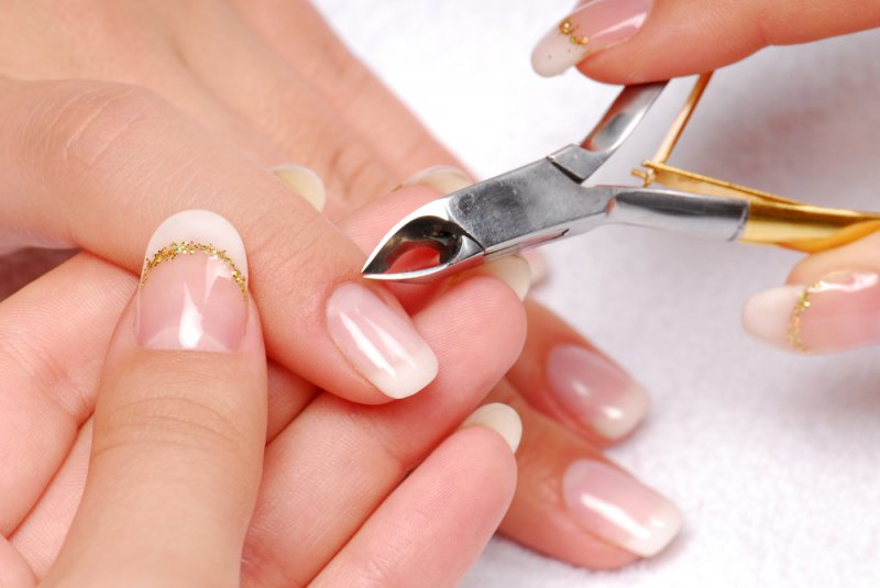 Never Cut Cuticles-12 Healthy And Pretty Nails Tips You Can Try Today