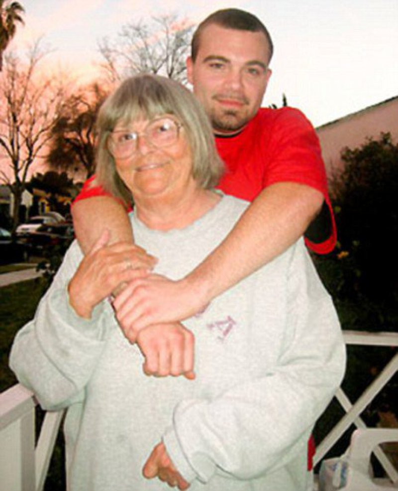 Pearl Carter And Phil Bailey (Granny And Grandson)-12 Real Life Incest Stories That Are Shocking