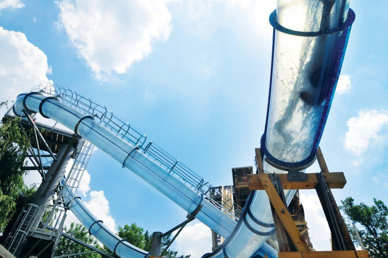 Scorpion's Tail-15 Craziest Water Slides That Will Make You Say WOW!