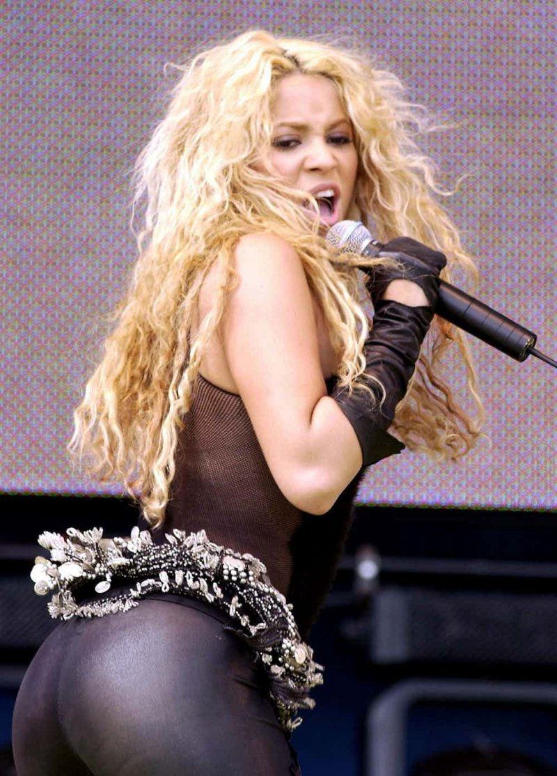 Shakira-12 Big Booty Celebrities In Hollywood