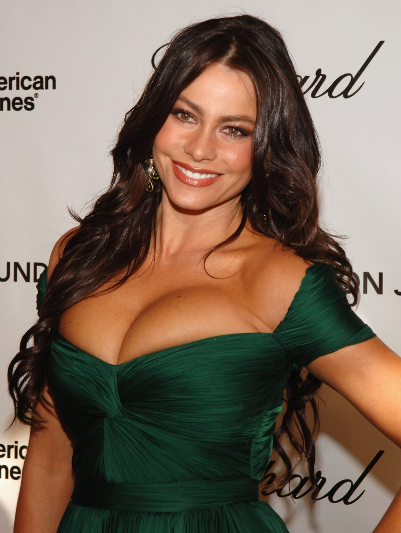 Sofia Vergara-12 Sexiest Moms In Hollywood