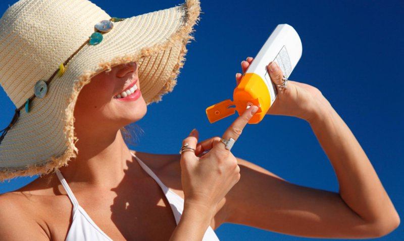 Stay Away From Sun-12 Easy Ways To Tighten Skin