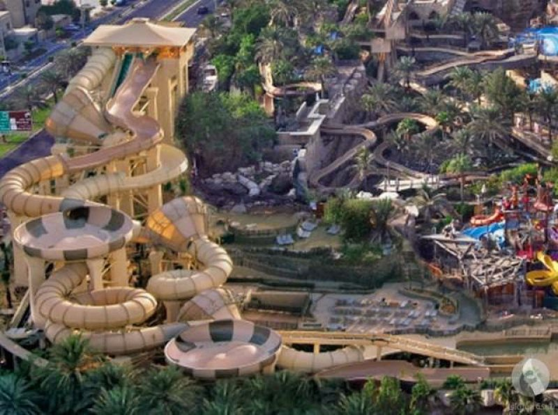 Tantrum Alley-15 Craziest Water Slides That Will Make You Say WOW!