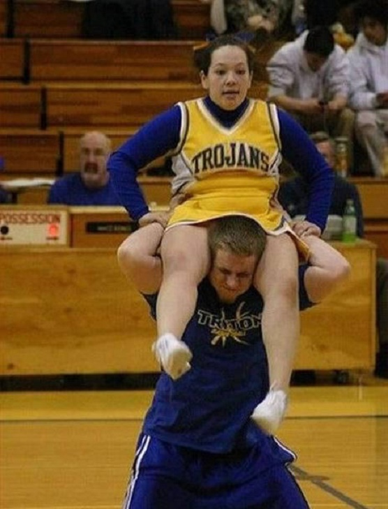 The struggle-Top 15 Cheerleading Fails That Will Make You Lol