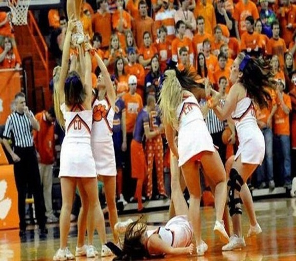 The throw-Top 15 Cheerleading Fails That Will Make You Lol