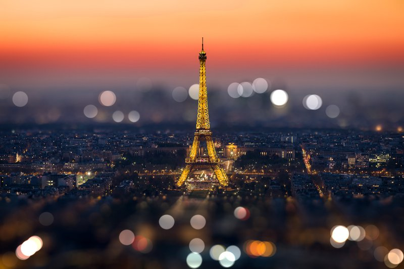 This Beautiful Picture Of Eiffel Tower-13 Awesome Pictures That Will Make Your Day