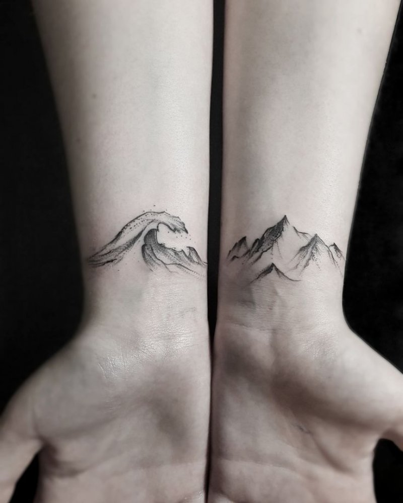 This Tides And Mountains Wrist Tattoo!-12 Impressive And Inspiring Mountain Tattoos