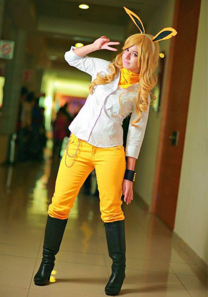 Amazing Jolteon Costume-12 Amazing Pokemon Cosplays Ever