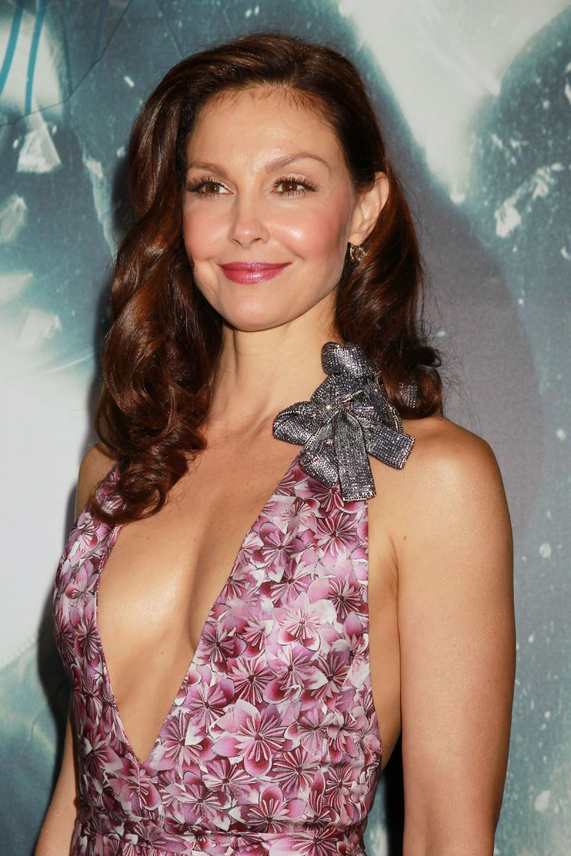 Ashley Judd-12 Celebrities You Didn't Know Are Rape Victims