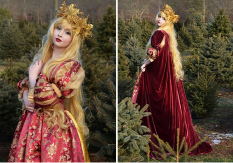 Another Christmas Costume-Meet The Girl Who Sews Her Own Cosplay Dresses