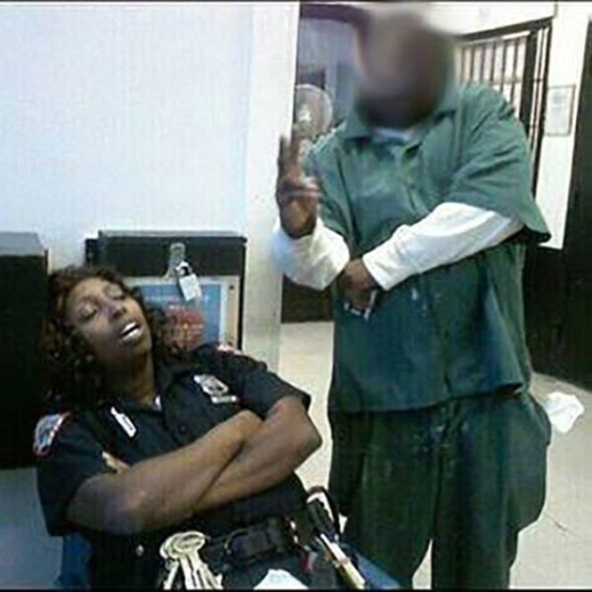 Cop Caught Sleeping While on Duty-15 People Who Were Caught Taking A Quick Nap At Work