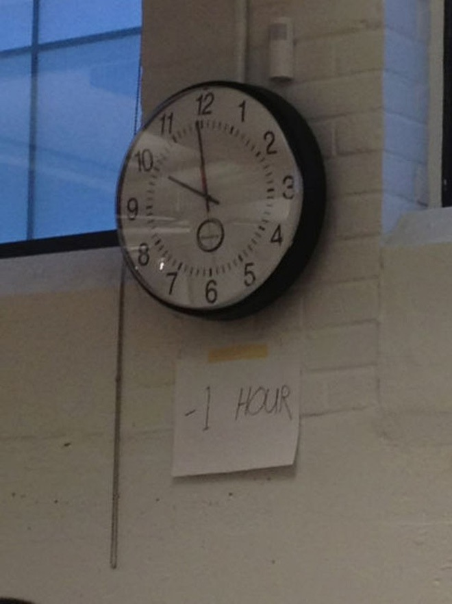 Easy to Stick a Note than Correct Time in a Clock-15 People Running For The Most Lazy Person In The World Title