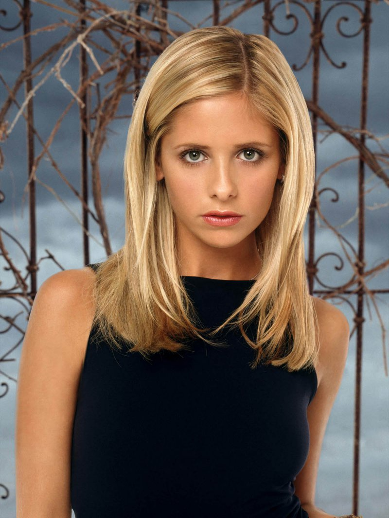 Sarah Michelle Gellar-15 Hottest Girls Who Turned Down Playboy Offer
