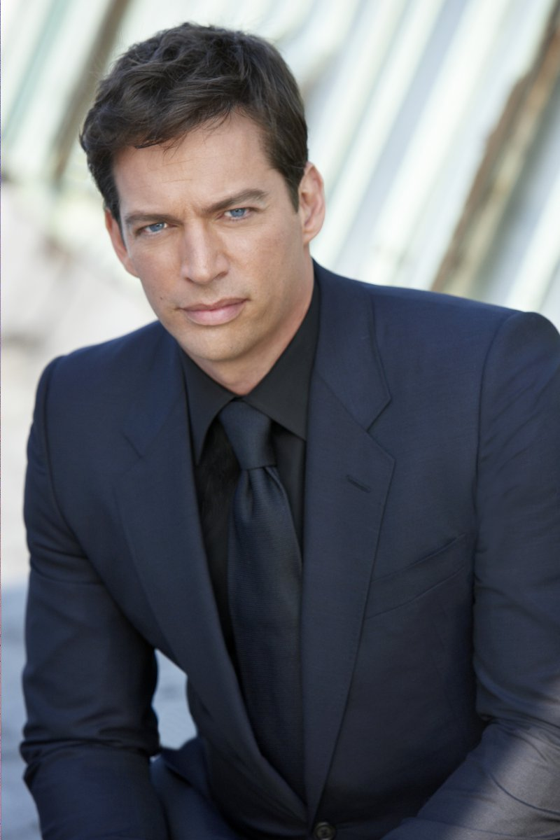 Harry Connick Jr. Nail Biter-12 Disgusting Celebrity Habits You Probably Don't Know About