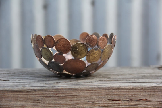 Bowl of Coins-15 Beautiful Items That Are Carved Out Of Scrap