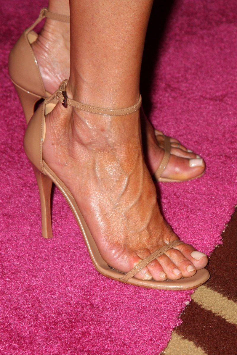 Jennifer Aniston Feet And Legs-23 Sexiest Celebrity Legs And Feet