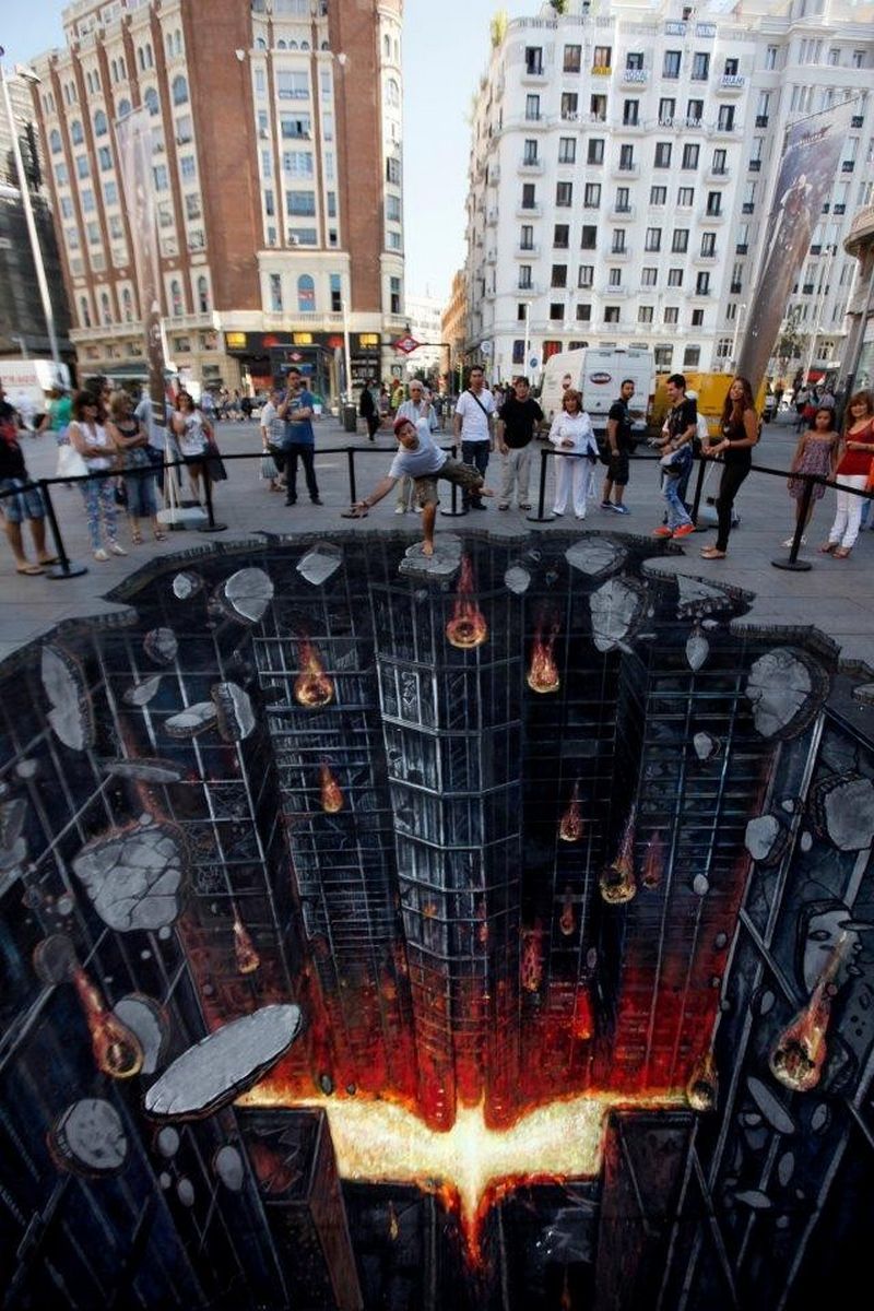 Batman Rises-15 Best Optical Illusions Of All Time
