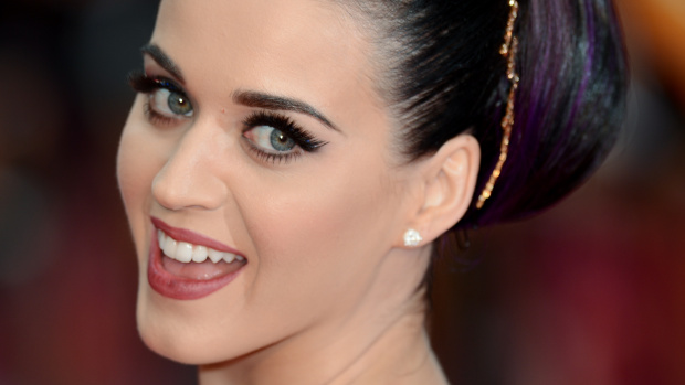 She Pierced her Nose Herself-15 Things You Don't Know About Katy Perry