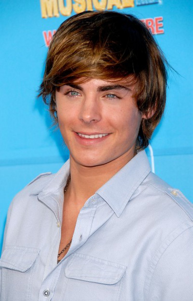 Zac Efron-15 Popular Disney Channel Stars Then And Now
